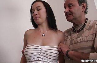 La británica Donna porno peliculas español latino Marie en un trío FFM con una estrella porno