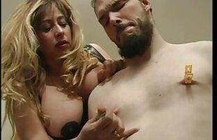 Milf peluda seduce a porno pelicula en español latino un joven