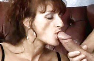 Perforado BBW babe mostrando sus barras de pezones peliculas porno español latino online